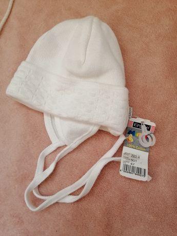 шапочка на малыша фирмы Ergee новая ,с биркой. Размер 35.