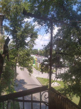 1к Аношкина 8(ДДГРЭС) центр города