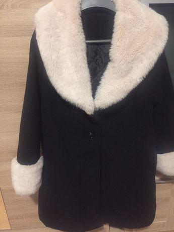 Nowy płaszczyk roz.xl