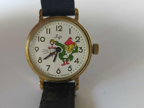 Советские механические часы Луч детские часы ссср