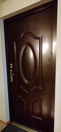 Дверь входная бу