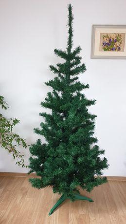 Wysoka sztuczna choinka świąteczna 193cm intensywnie zielona