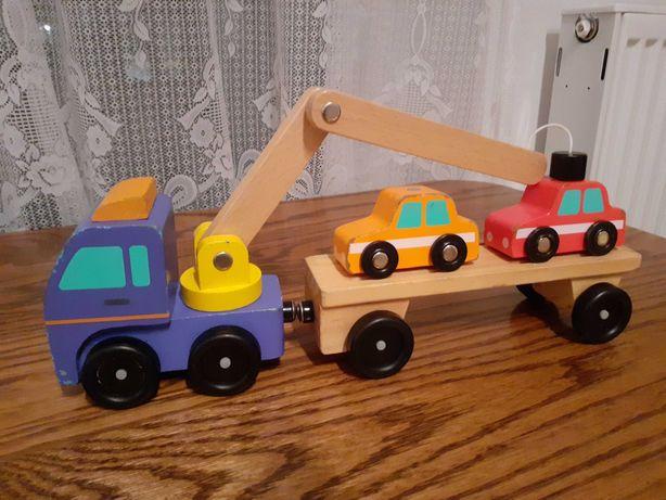 Drewniany samochód, z dźwigiem, przyczepą, na magnes