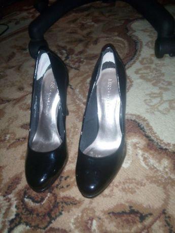 Туфли лакированые 37 размер