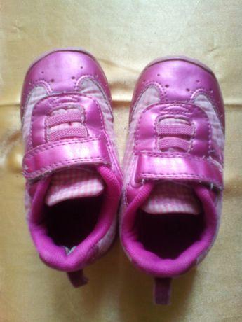 кроссовки на девочку 22 размера