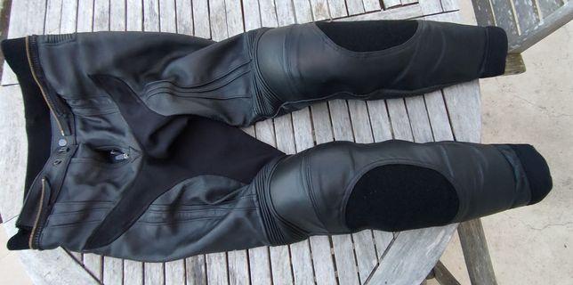 Calças de mota como novas