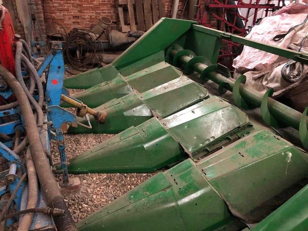 Przystawka do kukurydzy John Deere 5 rzędów bez docinacza