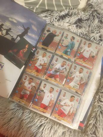 Album z kartami ,,