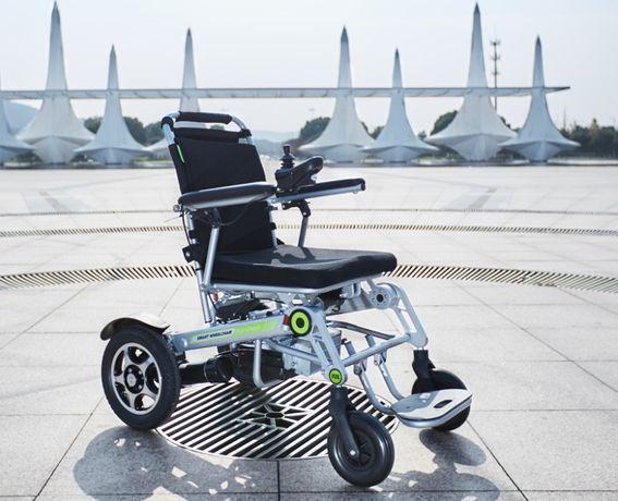 Skuter Wózek Elektryczny inwalidzki mały lekki i składany zasięg 40k