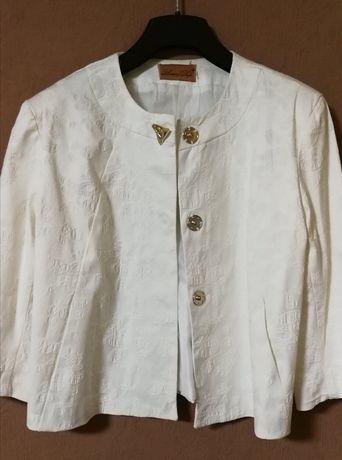 Піджак жіночий (розмір 48)