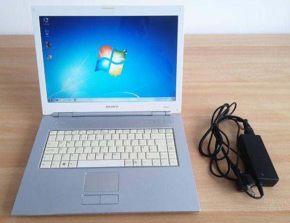 Laptop Sony Vaio bardzo dobry stan mało używany