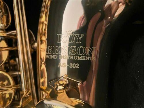 Saksofon Roy Benson AS302 + statyw jak nowy