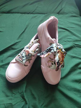 Nowe buty różowe rozmiar 38