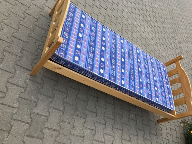 Materac 90x200 +szafka nocna