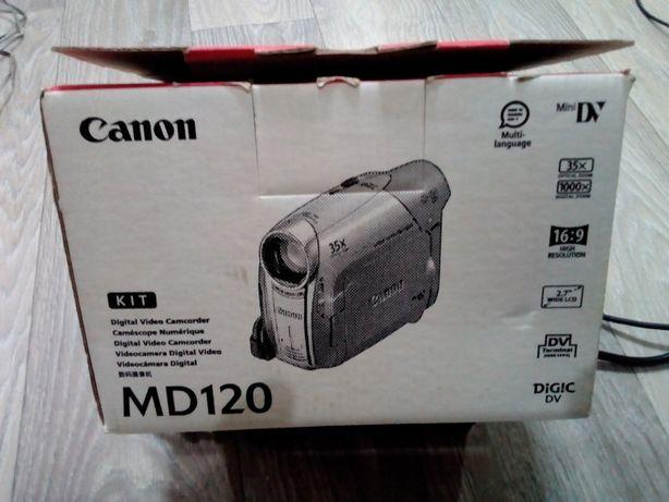 Видео камера Canon MD 120