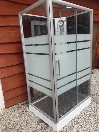 kabina prysznicowa 120/85cm z 4 szklanymi ścianami i panelem