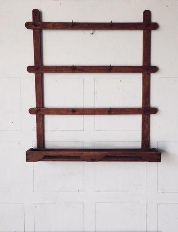 Porta Pratos/Paneleiro de parede antigo