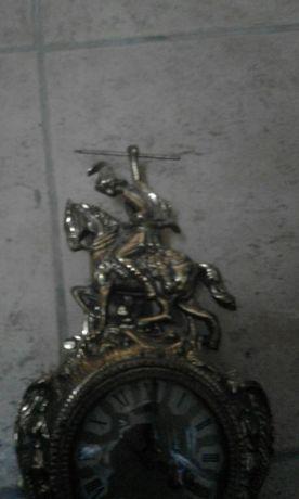 Relógio antigo À melhor oferta