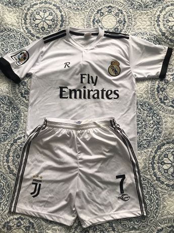Футбольная форма шорты и футболка