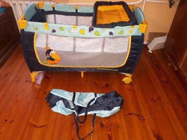 Łóżeczko Baby ono (tukan) z wyposażeniem