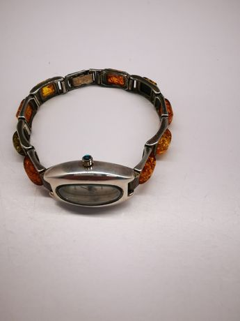 Zegarek srebrny z bursztynami