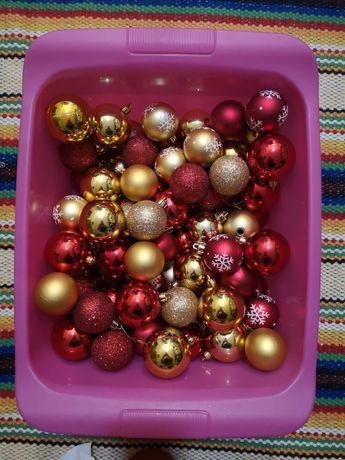 Lote 86 bolas de natal