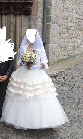 Suknia Ślubna !