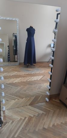 Продам зеркало с подсветкой для шоу-рума или дома