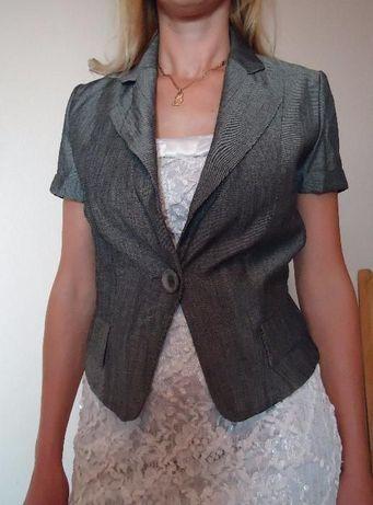 Пиджак жакет женский р. 36. RESERVED