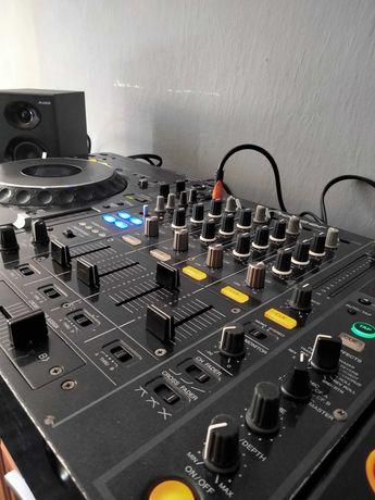 Mixer DJ Pioneer DJM 800