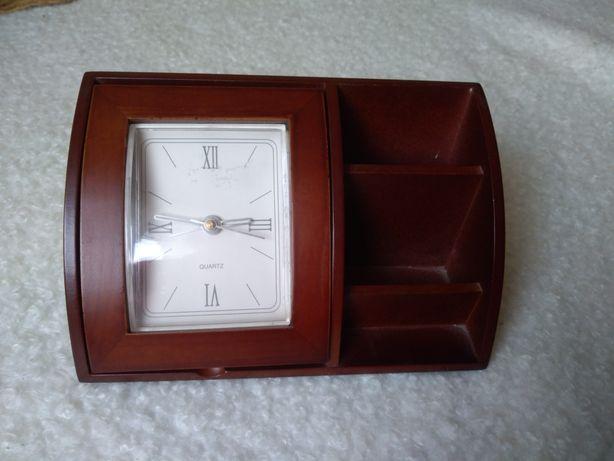 Zegar drewniany stojący. Sprawny