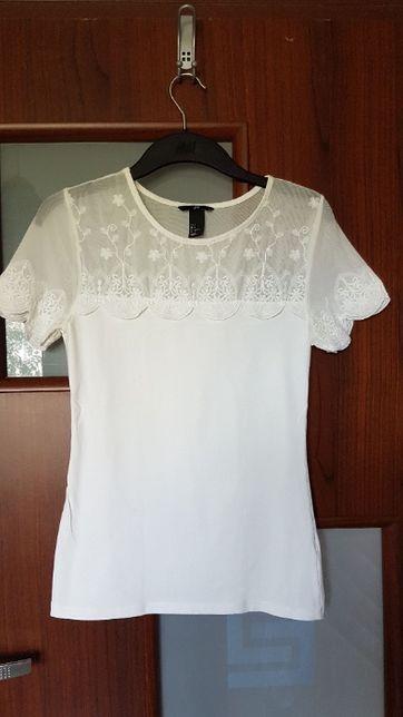 Biała bluzka z koronką H&M.