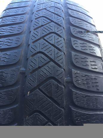 Одно колесо  Резина зимняя 225/50 r17 Semperit 215/55 r17 Pirelli
