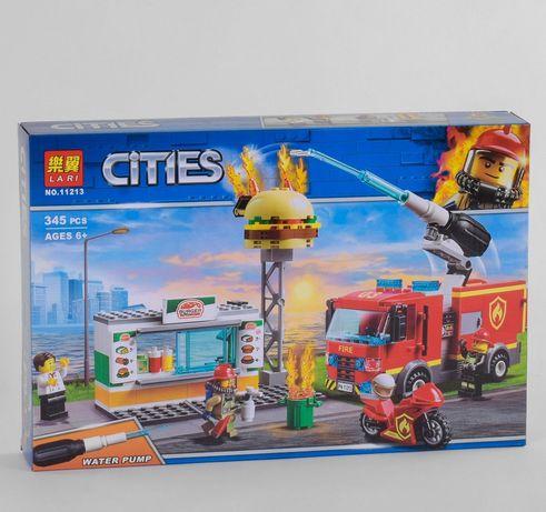 Конструктор Cities -Пожежа в піцерії, 345 деталей