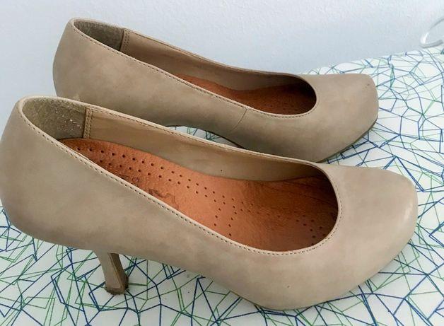Sapatos creme de cerimónia/ festa Dorothy Perkins