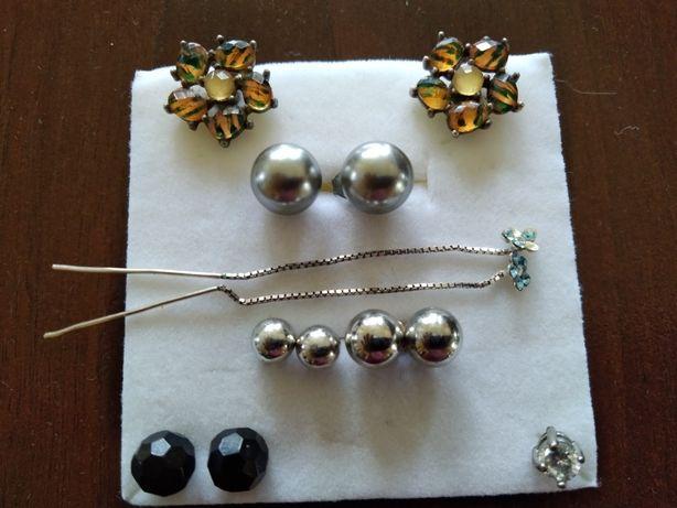 Kolczyki, biżuteria 6 par i jeden bez pary