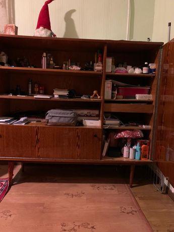 Книжный шкаф, стеллаж