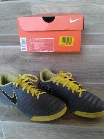 Nike 42,5 LEGEND 7 skóra