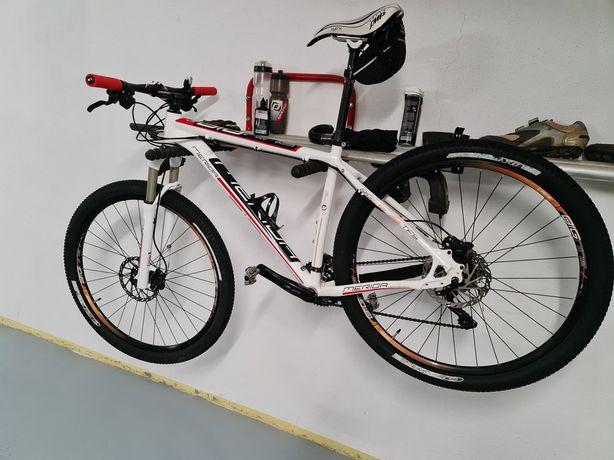 Bicicleta Mérida Big Nine TFS900 roda 29