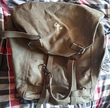 Plecak wojskowy mosiężne okucia US Army Stary w bdb stanie zachowania