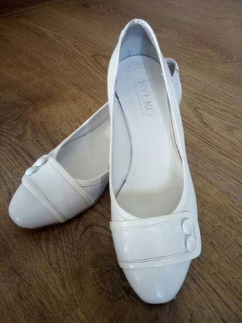 Buty Ryłko, białe, rozmiar 37