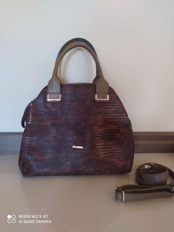 Torebka damska kuferek Pabia średnia duża