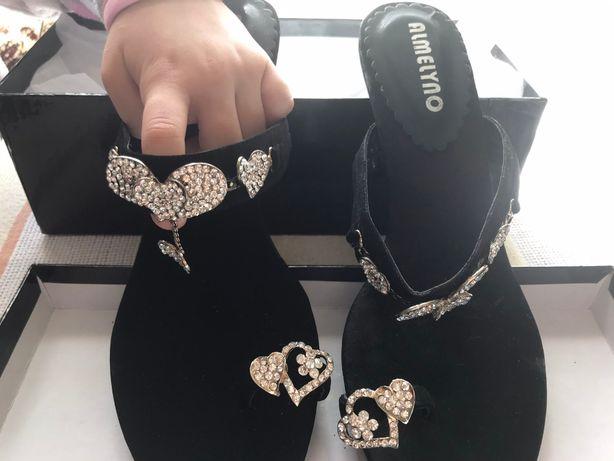 Женские сандали (черные)