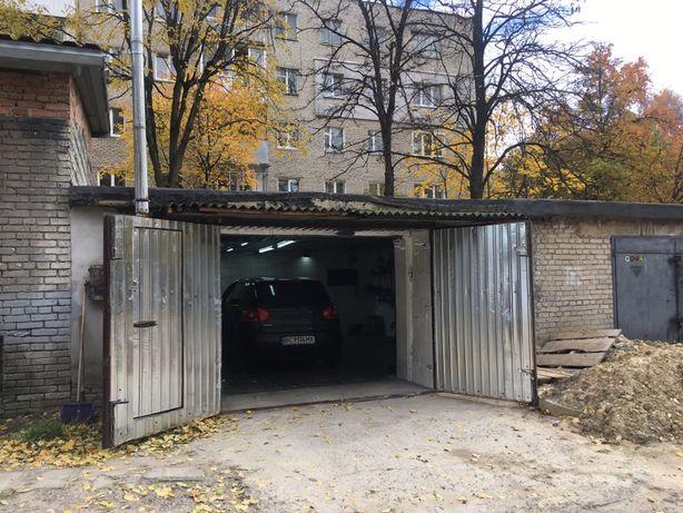 Продам гараж 35 м квадратних.