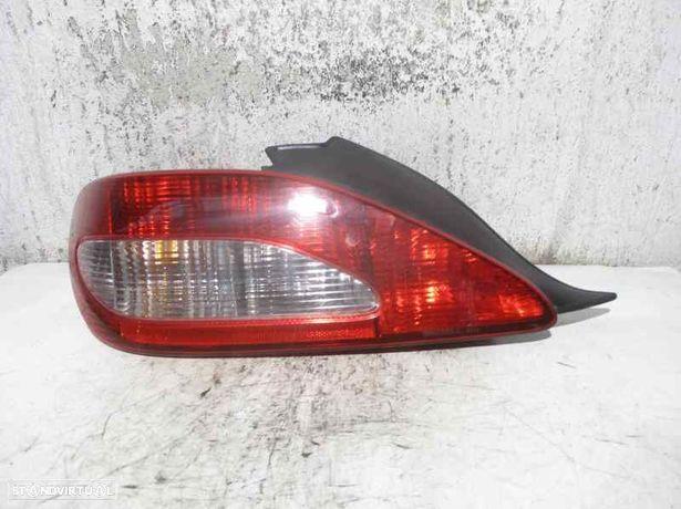 22890102  Farolim esquerdo PEUGEOT 406 Coupe (8C) 2.2 HDI 4HX (DW12TED4)