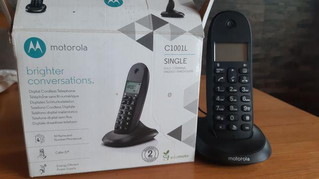 Стаціонарний телефон MOTOROLA C1001L