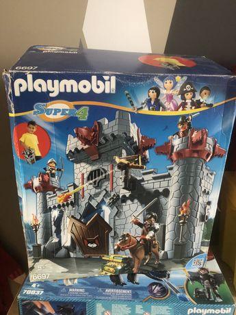 Playmobil Przenośny Zamek Czarnego Barona 6697