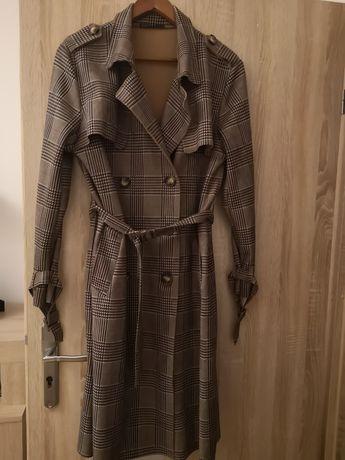 Płaszcz oversize. Jesienny