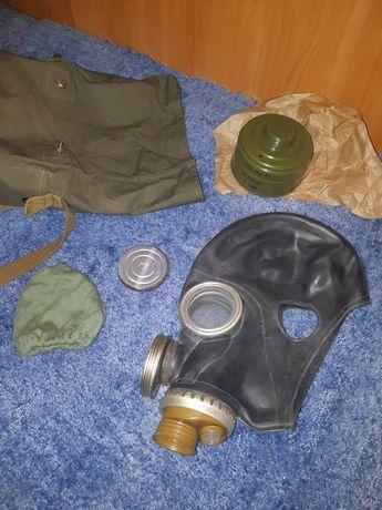 Противогаз комплект (сумка,шлем,фильтр,чехол,мембрана) новый