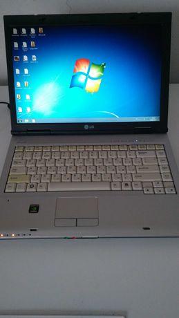 Ноутбук LG r40 2 ядра 4 гб ddr2 320 гб сумка